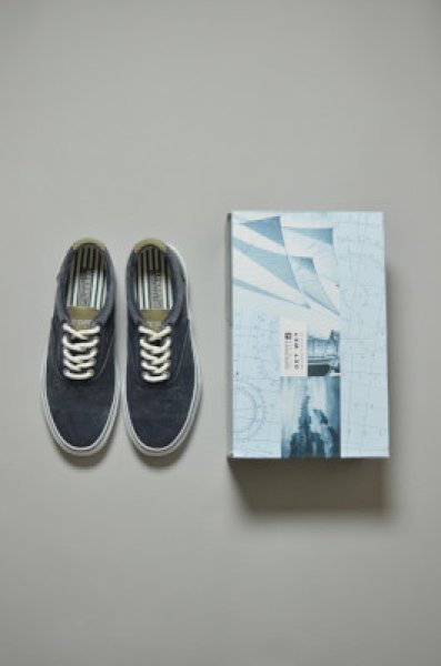 画像1: U.S. Navy submarine deck shoes -dead stock- (1)