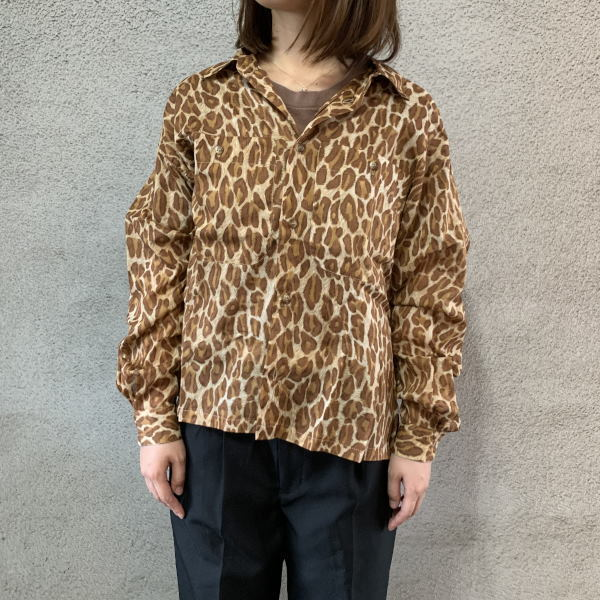 画像1:  women's leopard pattern shirt (1)